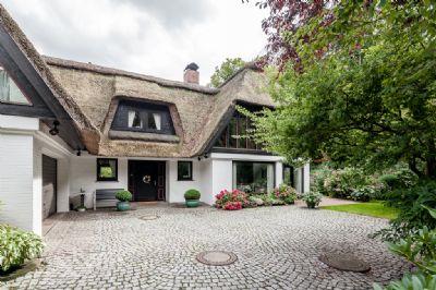 Ein ganz besonderes Haus ist jetzt im Angebot. Wer mehr wissen möchte, bitte dem…
