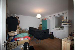 Immobilienmakler aus Ratzeburg: Schlafzimmer voher
