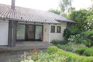 Immobilienmakler aus Ratzeburg: Haus Vorderansicht vorher